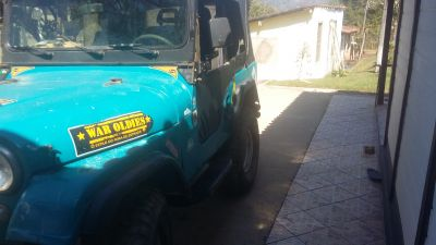 Jeep Willys equipado