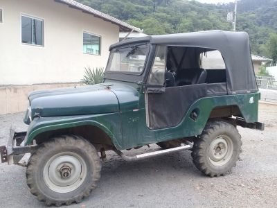 Vende se jeep willys