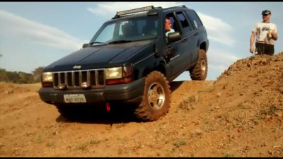 VENDO JEEP CHEROKEE