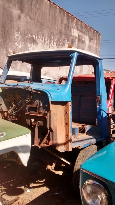 Cabine f75 Willys,