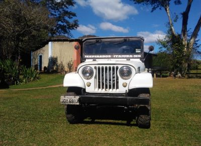 Jeep Willys Dupla Carbura